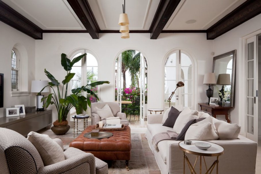 Mediterranean Style Living Room Design Plenty Of Air And Light