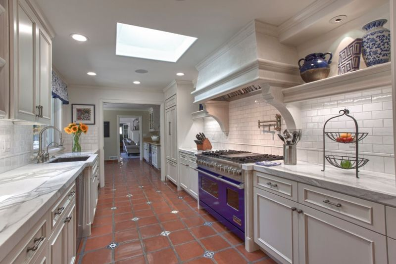 Example of kitchen design in the English style