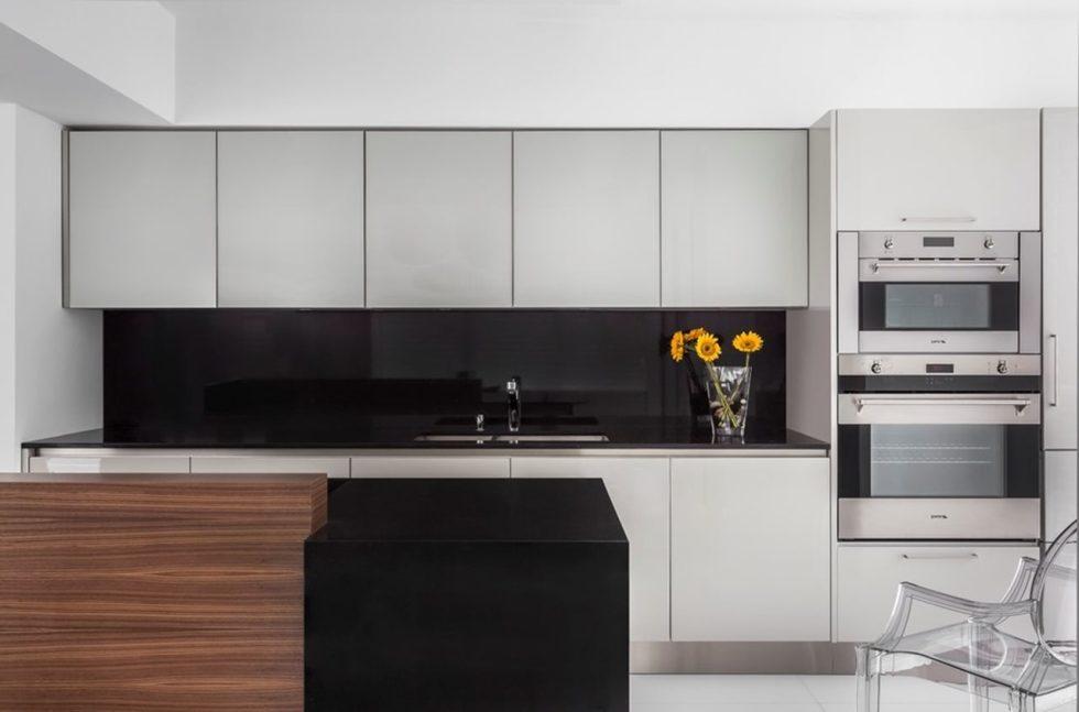 High-Tech Kitchen - Design with Minimalism Elements
