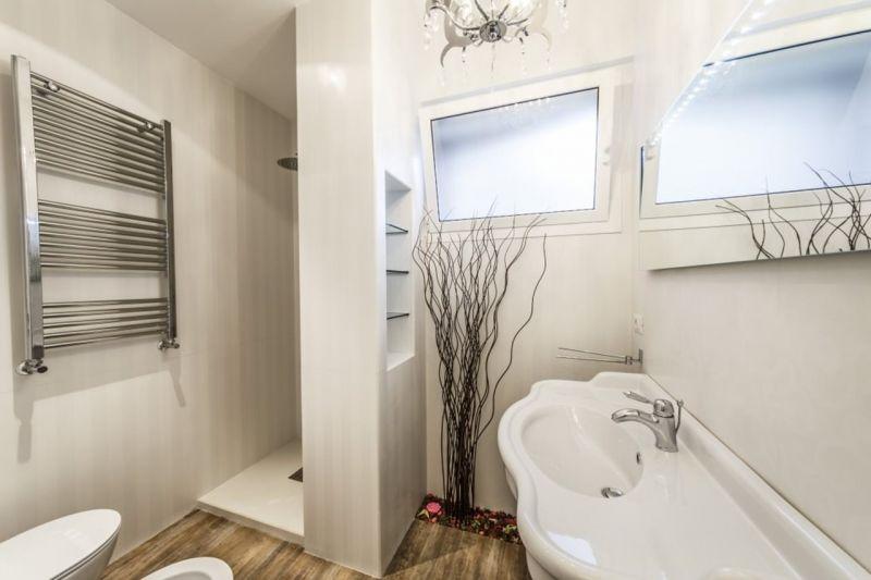 Apartment in Minimalistic Style - Bathroom