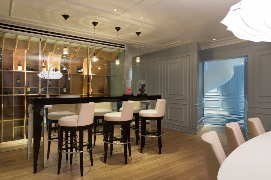 Blue Penthouse - wine bar