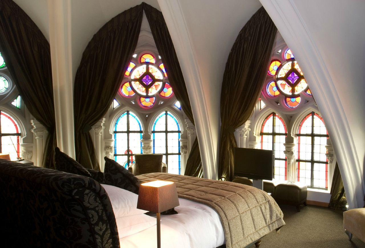 Gothic style interior design ideas for Architecture and interior design