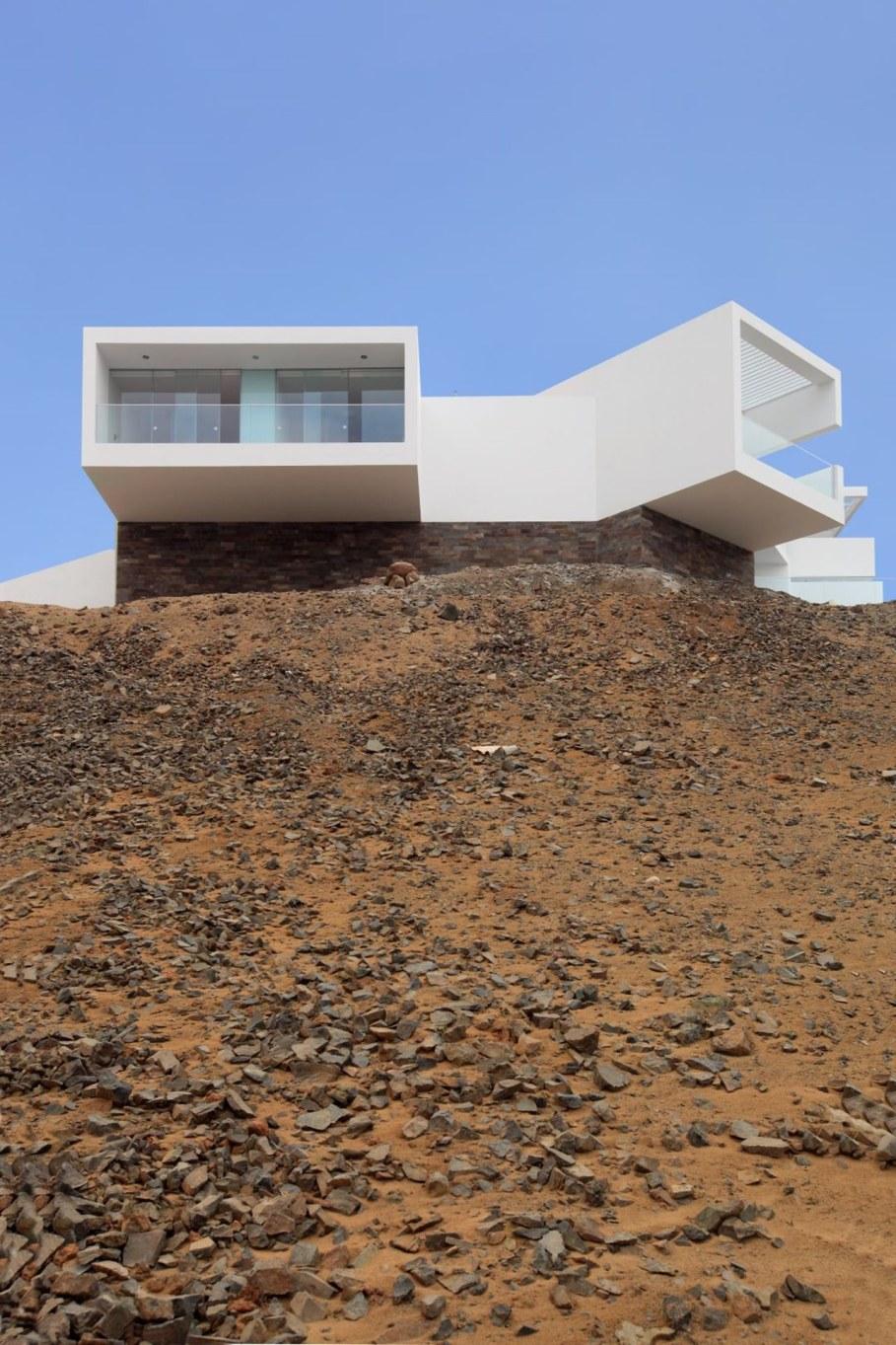 Panoramic Ocean-View Peru House