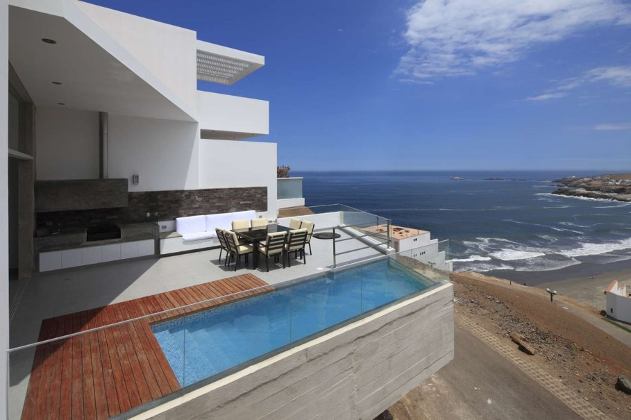 Peru House - beautiful view of the ocean