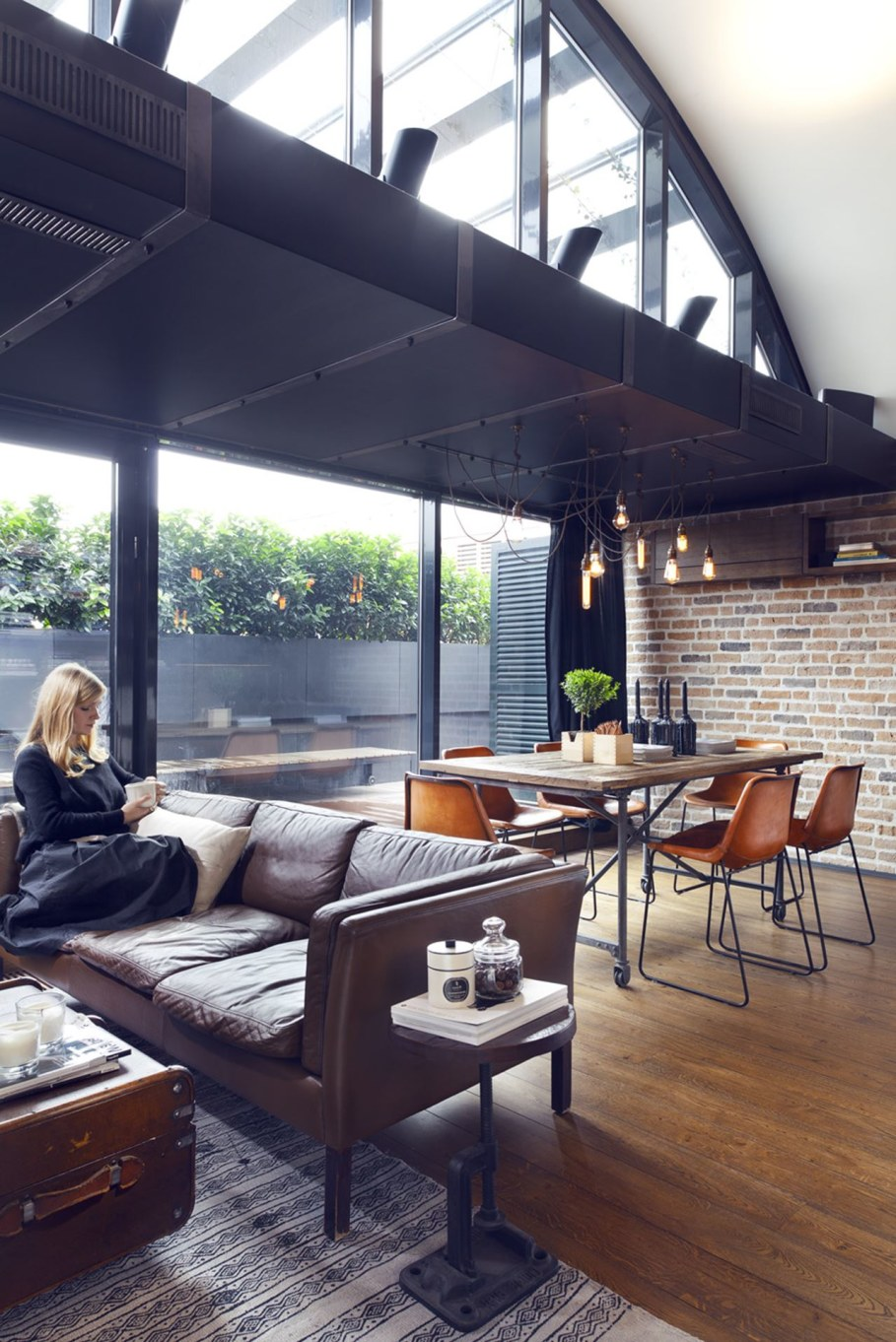 Attic Apartment - Dining place