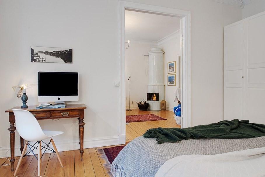 Bedroom design in Scandinavian style - fireplace