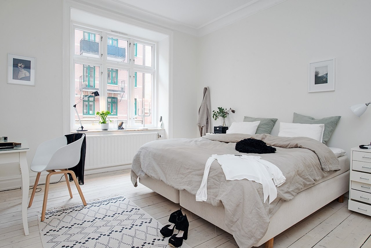 Bedroom design in scandinavian style for Bed styling ideas