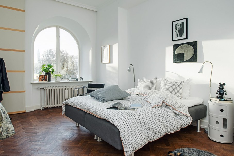 Bedroom design in Scandinavian style - preserve maximum sunlight