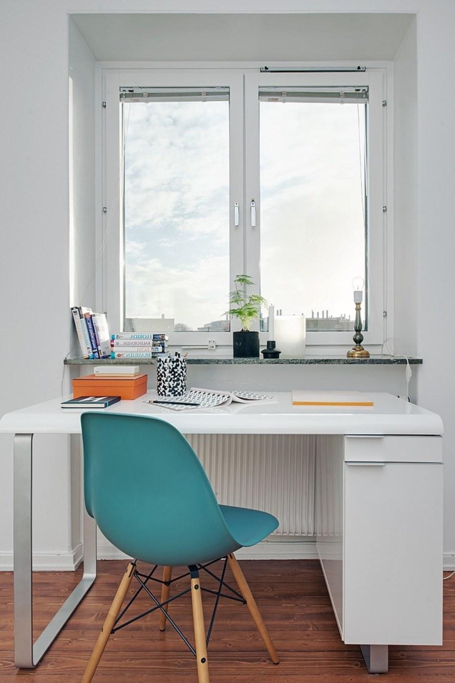 Bedroom design in Scandinavian style - windows must have minimal decor