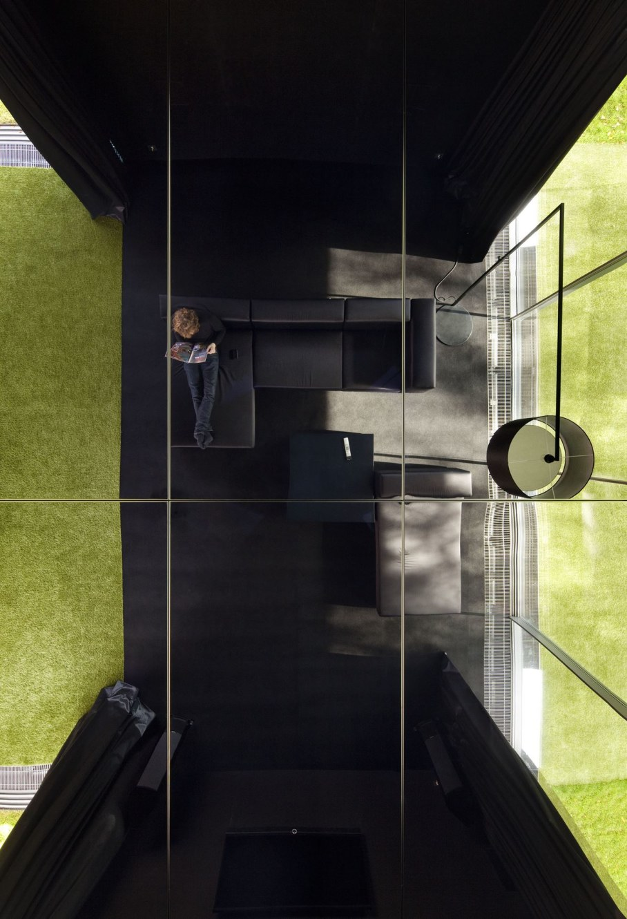 Cantilevered House in Poland - place to relax