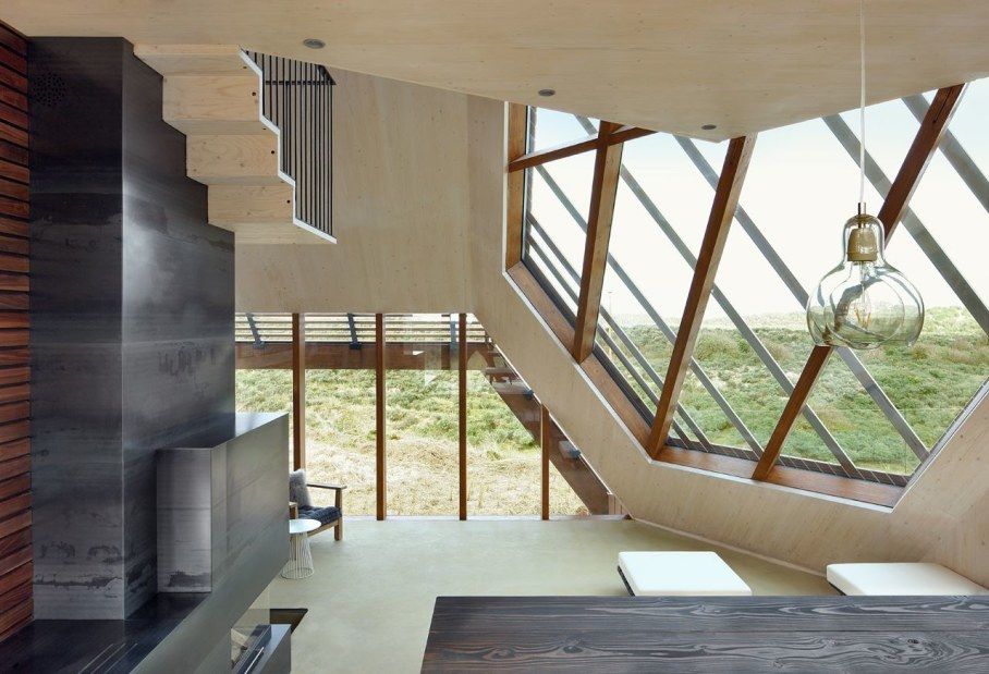 Dune House by Marc Koehler - eco-friendly building materials