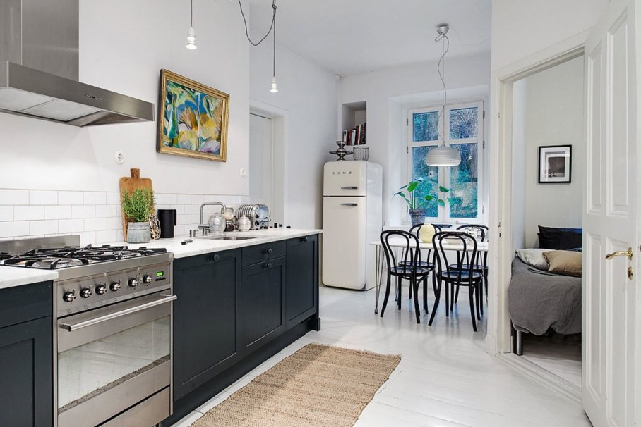 Goteborg's Apartment - spacious kitchen