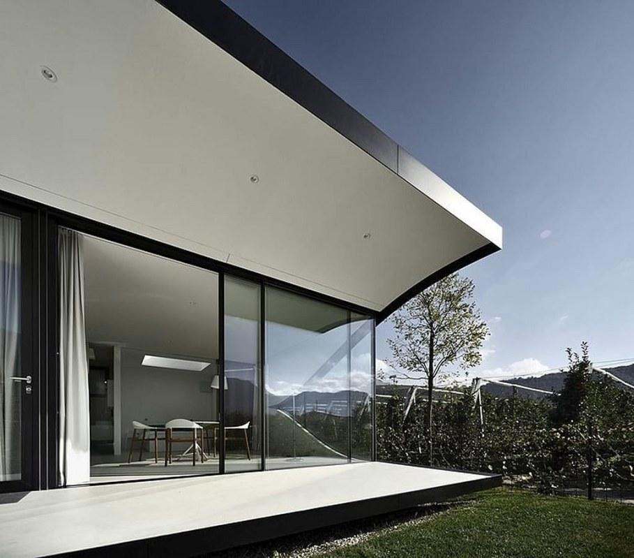 Invisible Mirror Houses - facade