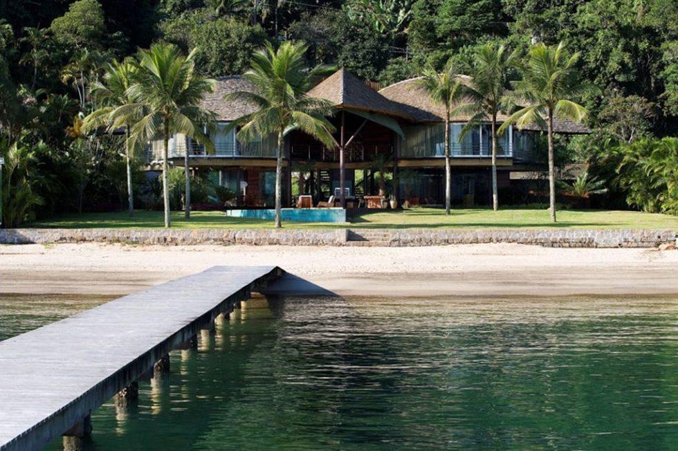 Leaf House - beach and wildlife
