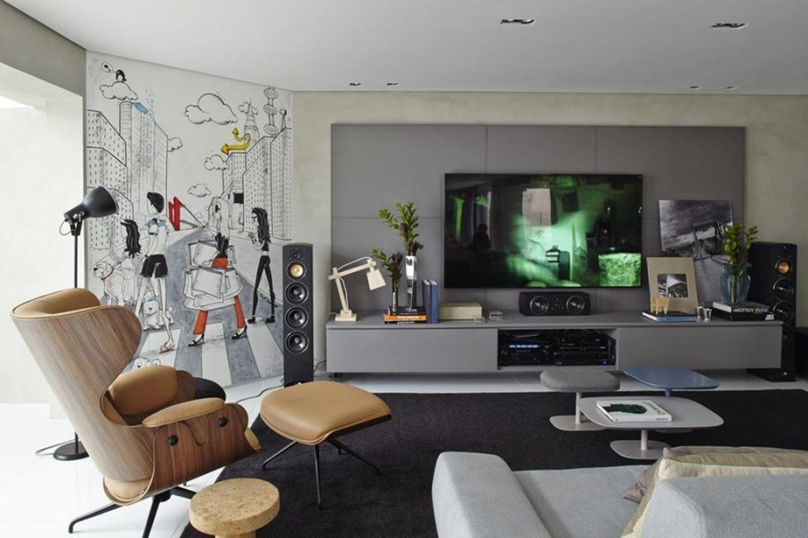 Modern Apartment in Sao Paulo - large TV