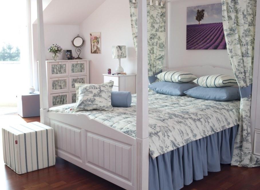 Provence style bedroom - lightness and visual weightlessness