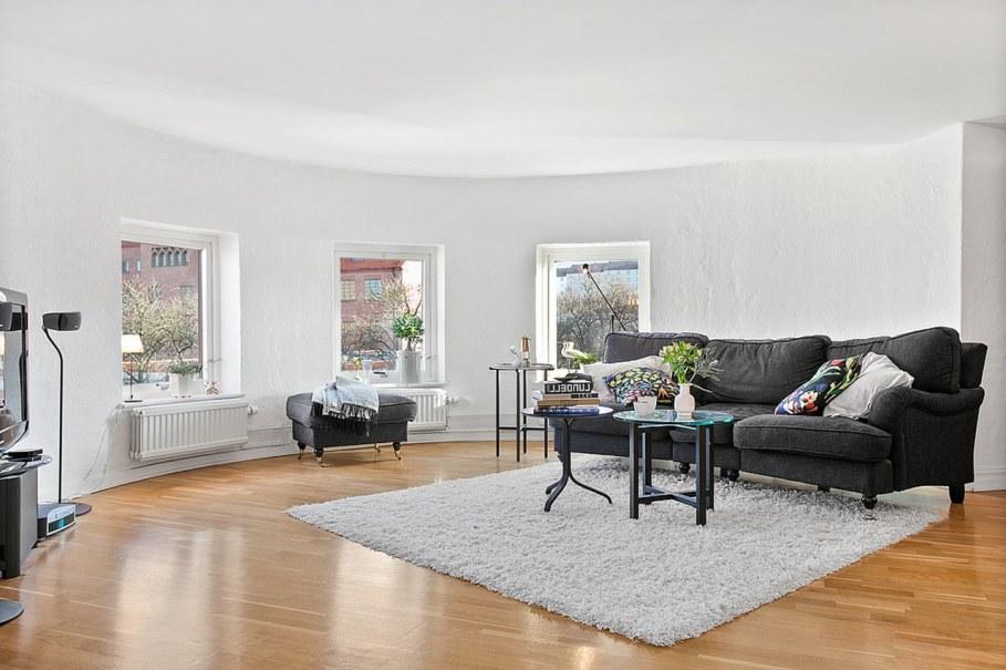 Scandinavian style interior design - Light walls and floor