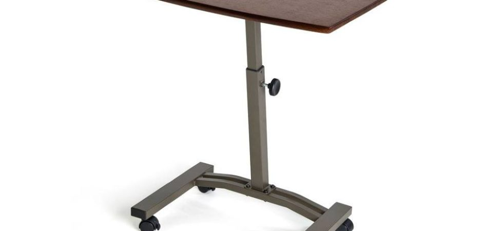 Why it is better to use a standing laptop desk