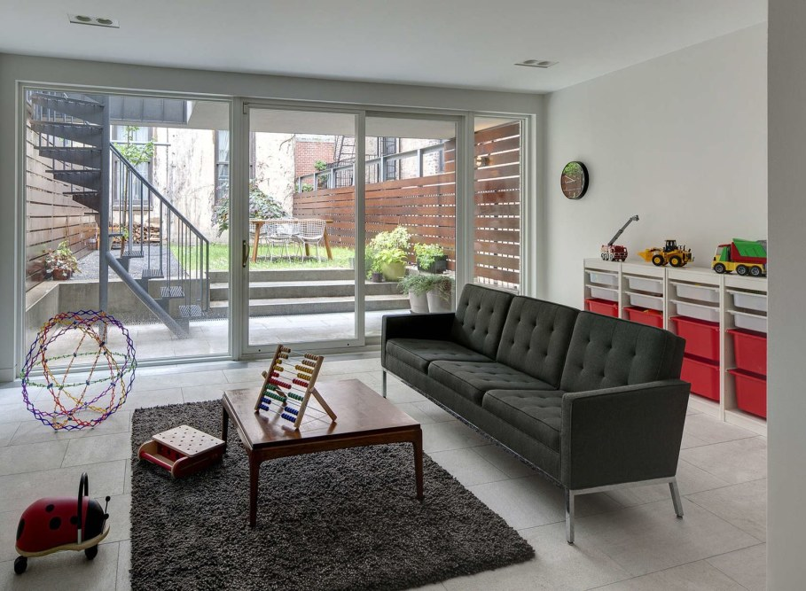 Stylish Townhouse Interior in New York - living room with panoramic windows