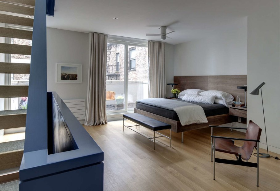 Stylish Townhouse Interior in New York - master bedroom