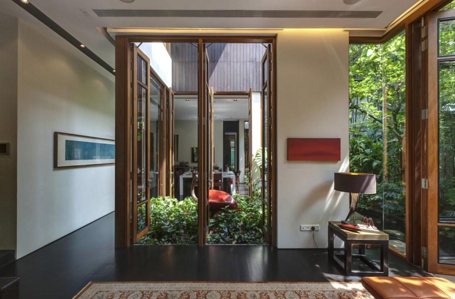 Tan's Garden Villa in Singapore - glass windows, doors and walls