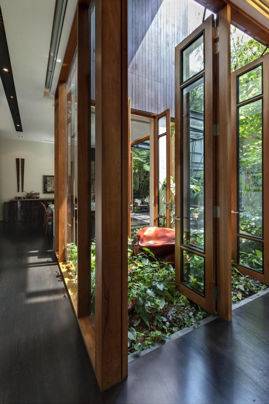 Tan's Garden Villa in Singapore - natural lighting