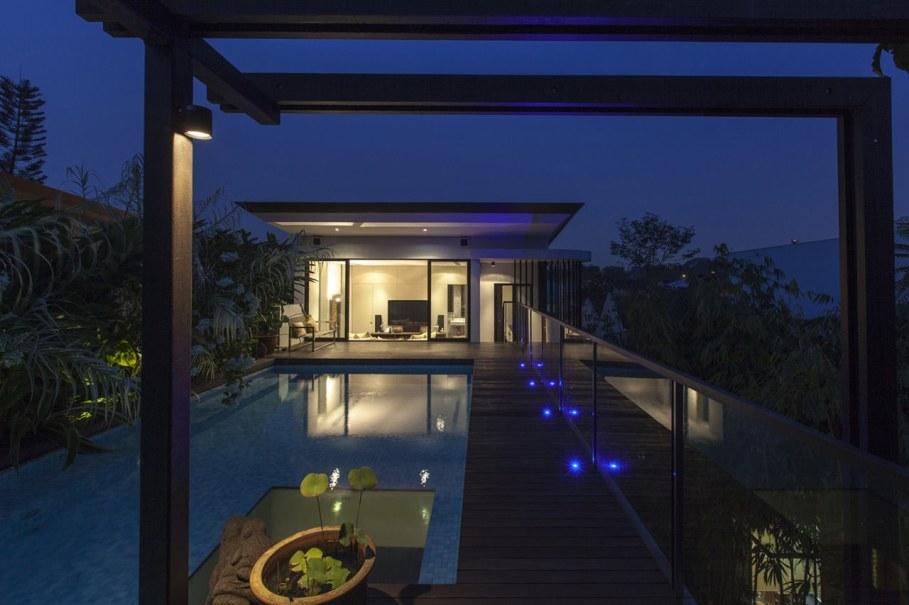 Tan's Garden Villa in Singapore - pretty pool