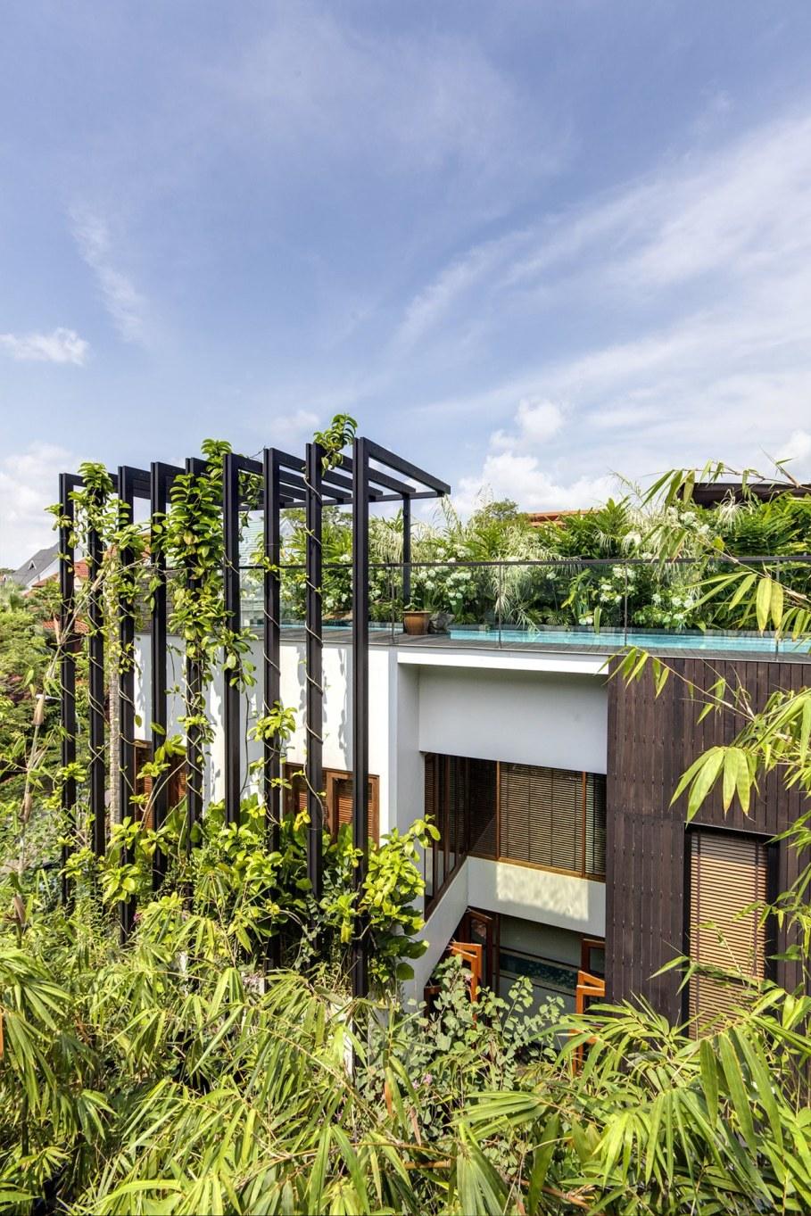 Tan's Garden Villa in Singapore - the outside view