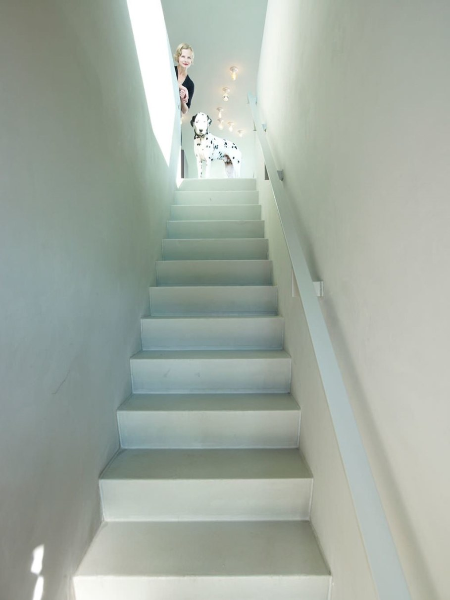 The House Of Unusual Shape From VMX Architects - Staircase