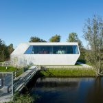 The House Of Unusual Shape From VMX Architects