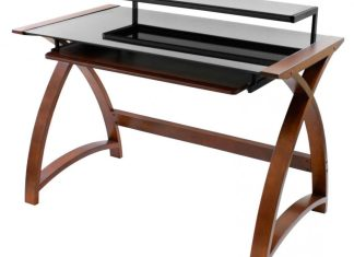 Wood and glass desk – a classic and weightless solution for your study