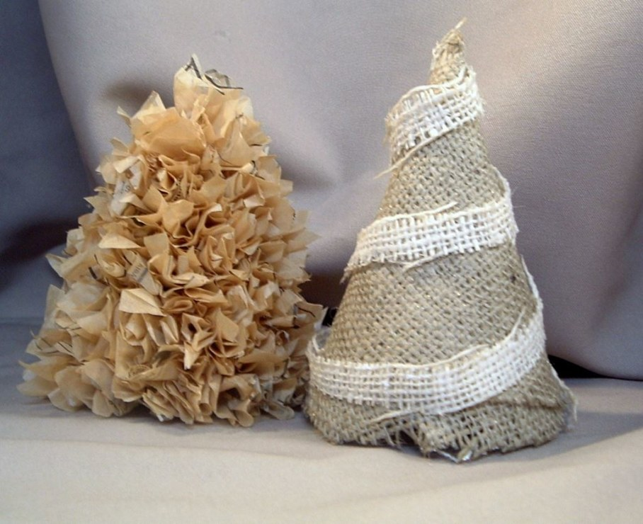 ... Creating Attracting Look By Decorating With Burlap   Decorating With  Burlap Sacks ...