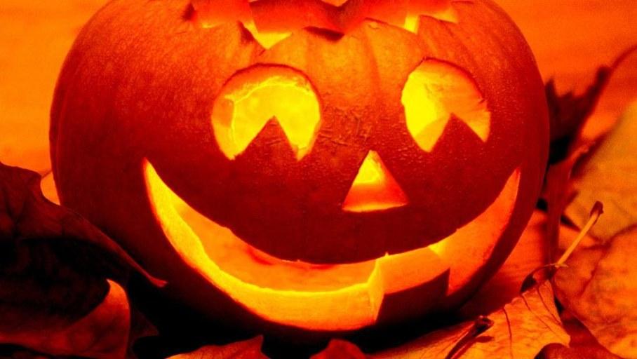 Halloween Decoration Ideas - lamp