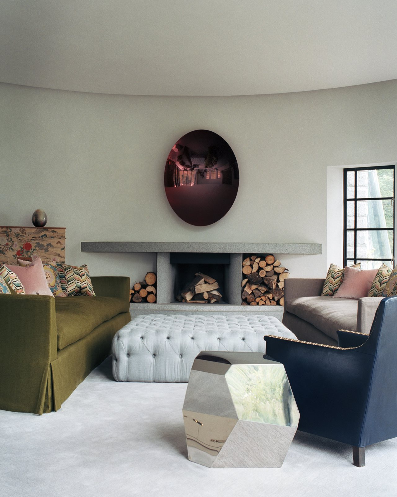 Corrour lodge the modern castle in scotland - Lodge living room decorating ideas ...