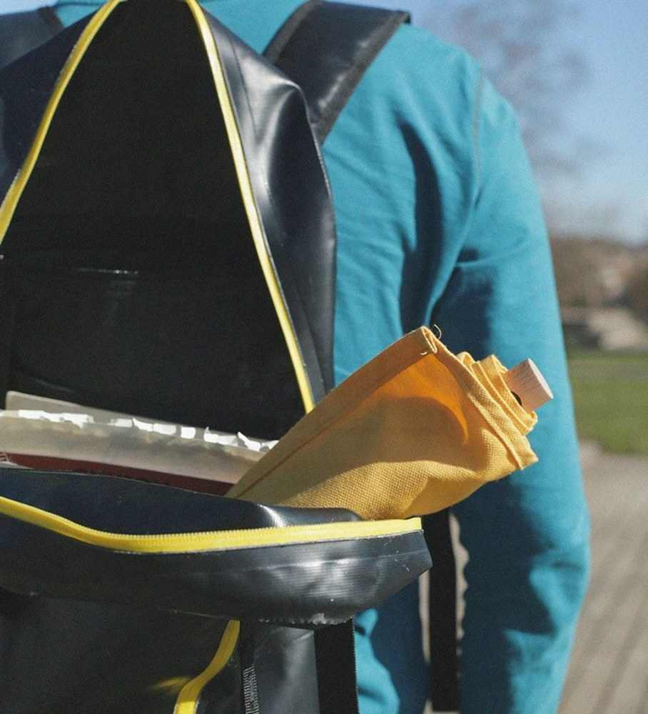 Leano seat by nik lorbeg - fits in a backpack