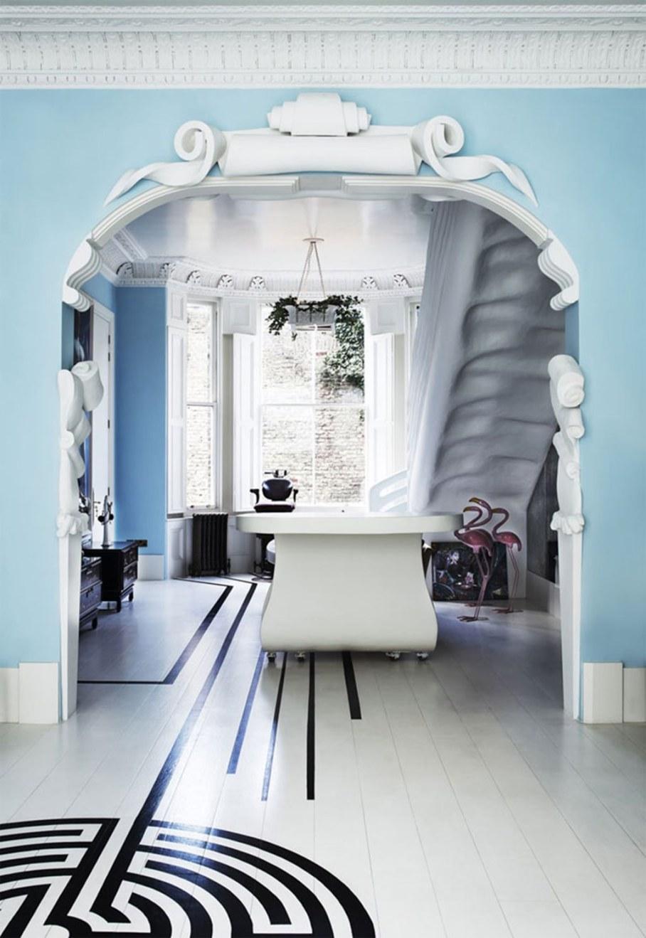 Mediterranean Interior of London Apartment - Decor