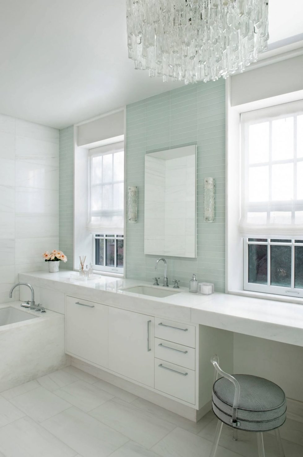 New York townhouse in a mixed style - bathroom 2