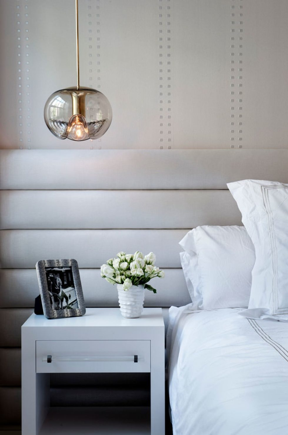 New York townhouse in a mixed style - bedroom