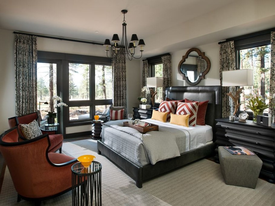 Out-Of-Town Cottage, Located In The Woods - Bedroom