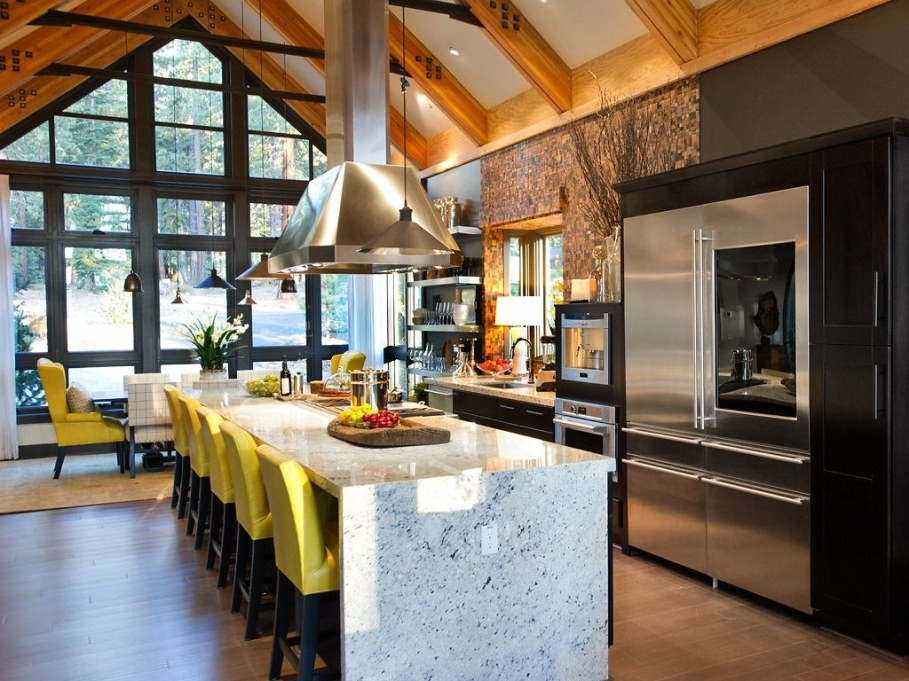 Out-Of-Town Cottage, Located In The Woods - Kitchen