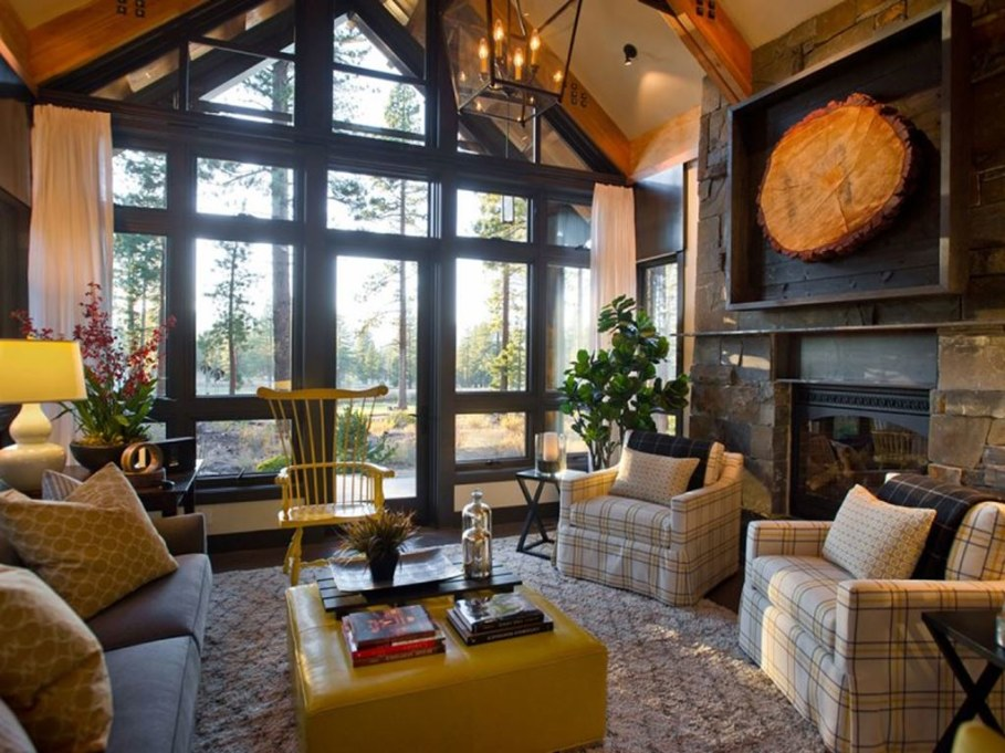 Out-Of-Town Cottage, Located In The Woods - Living room 3