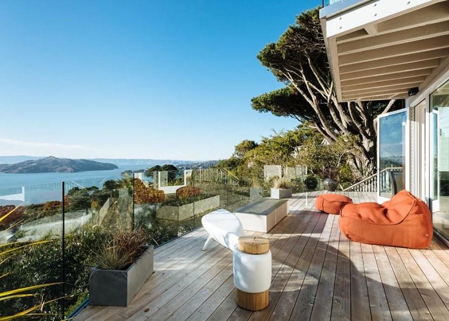 Sausalito residence - spacious terrace