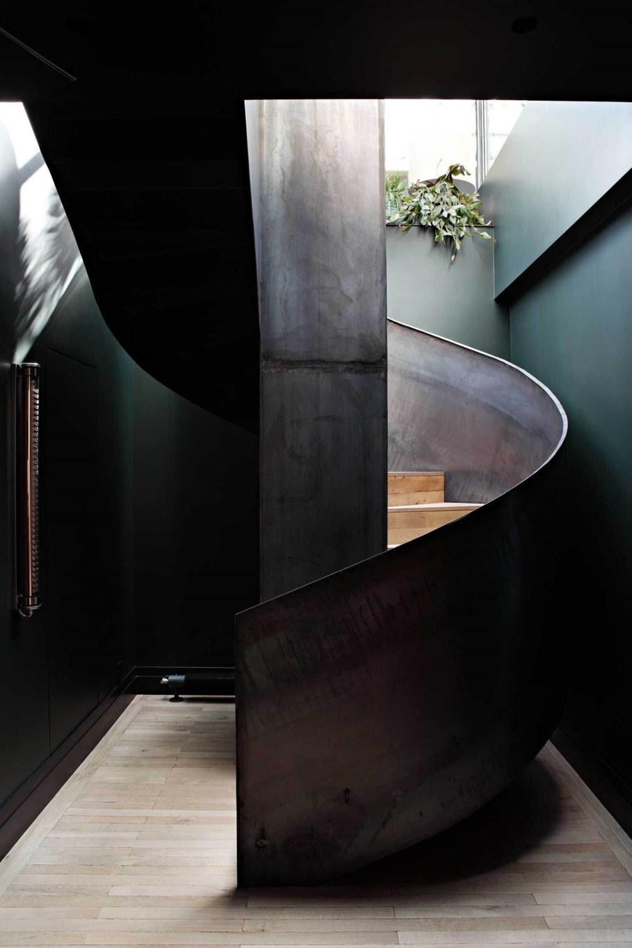 Sultry parisian loft