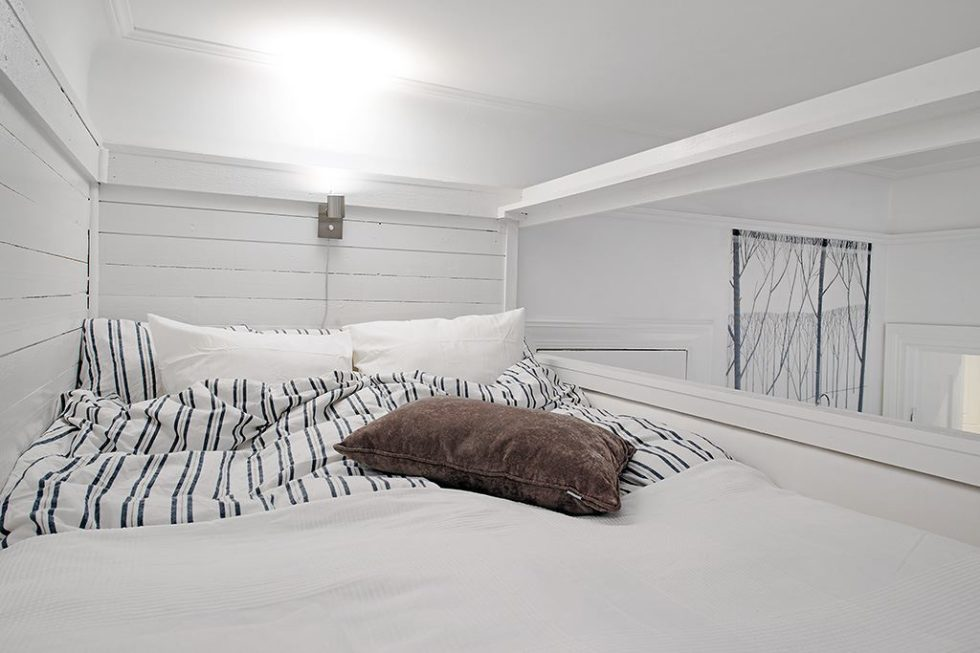 The Delightful Design of the Studio Flat Scandinavian Style - Large bed