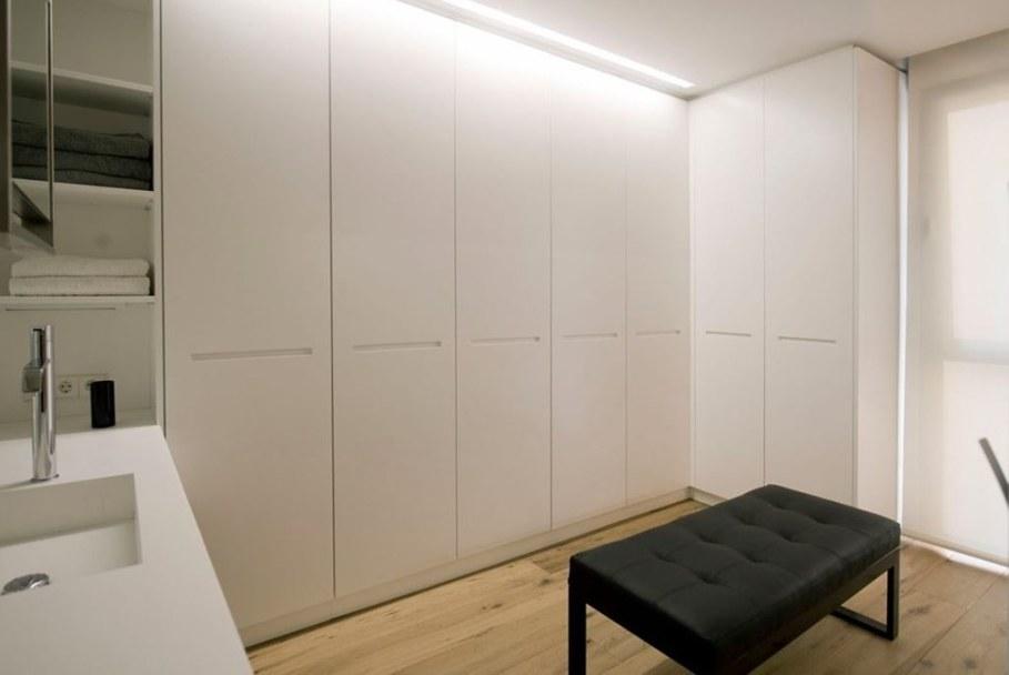 idyllic-apartments-Spain-bathroom-1