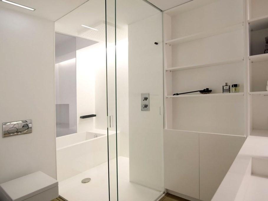 idyllic-apartments-Spain-bathroom-2