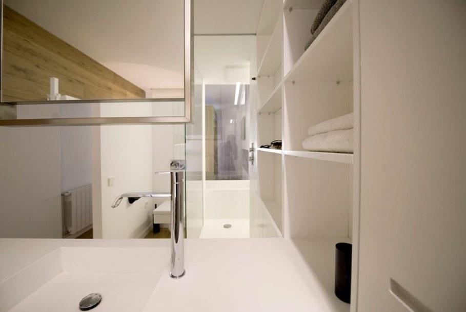 idyllic-apartments-Spain-bathroom-6
