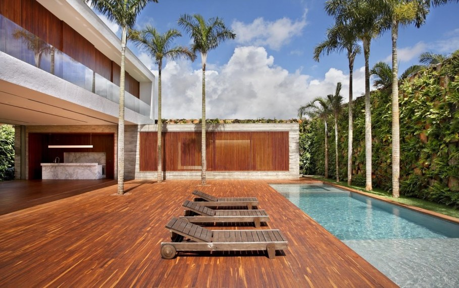 AN House From Studio Guilherme Torres - Swimming pool