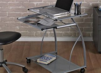 Are mobile computer desks more useful compare to traditional ones?