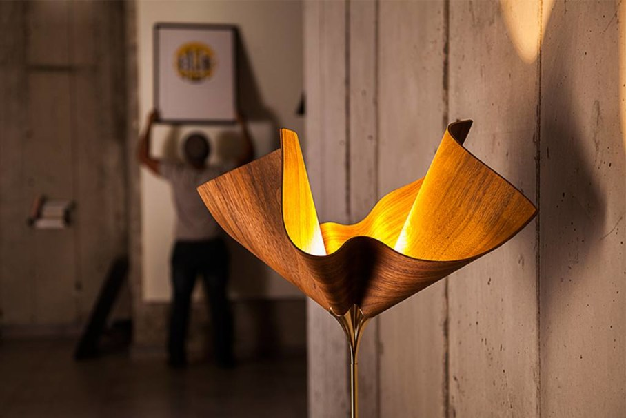 BLOOM Lamp by Cozi Studio